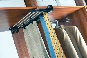 wardrobe rail hanging for clothes