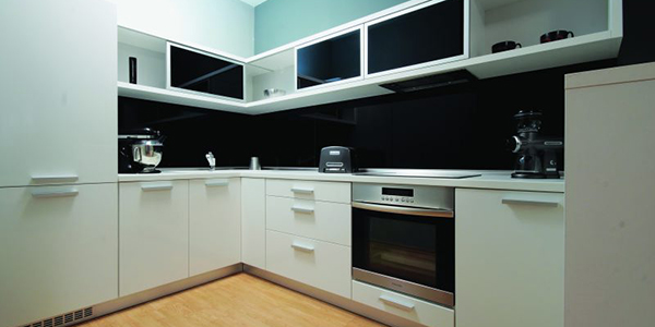 Modular-Kitchen-Bold and Beautiful