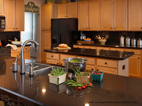 CHOOSING-THE-RIGHT-MATERIAL-FOR-COUNTER-TOP