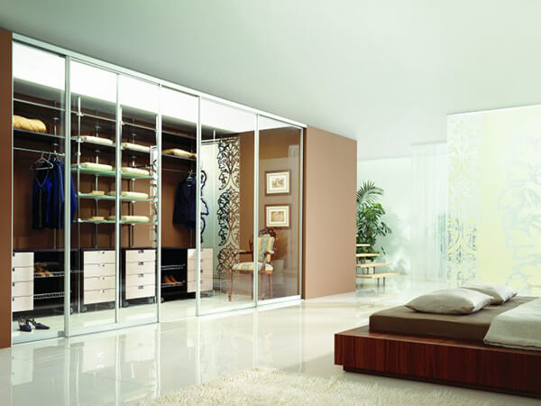Wardrobes-Walk-in-Wardrobe