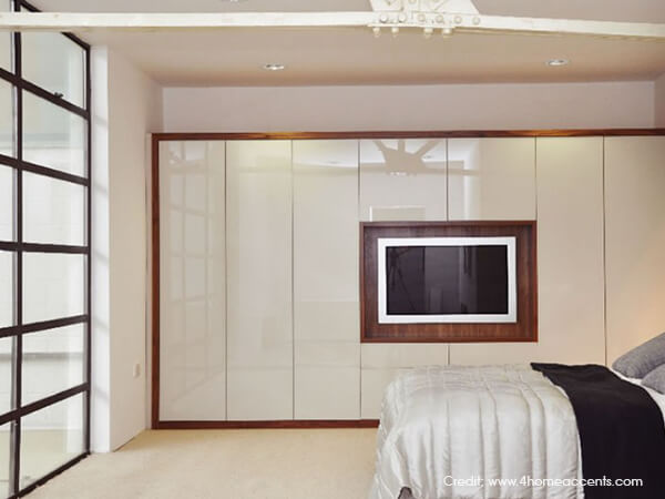 Design Bedroom Closet Mesmerizing Television Screen Integrated Into Closet Doors Integrated Tv Inspiration