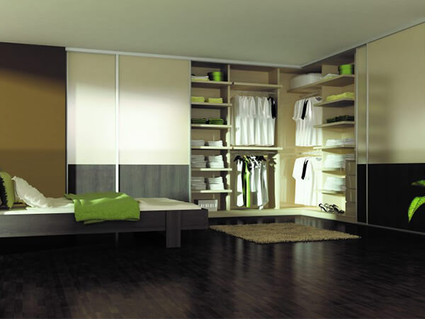 Floor-to-Ceiling-Wardrobes-for-small-rooms