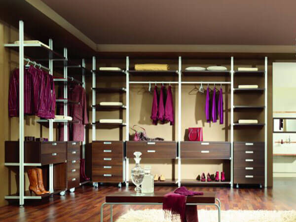 Wardrobe-Organised-2