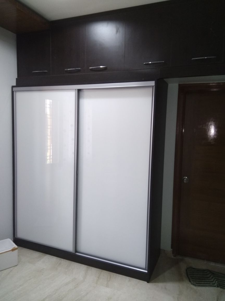 SLIDINGDOOR_WARDROB_MBR_BALAIAH_SUCHITRA